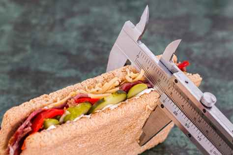 diet-calorie-counter-weight-loss-health.jpg
